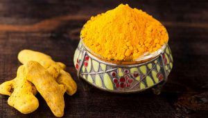 Use turmeric for anti-aging, healing and exfoliate blackheads