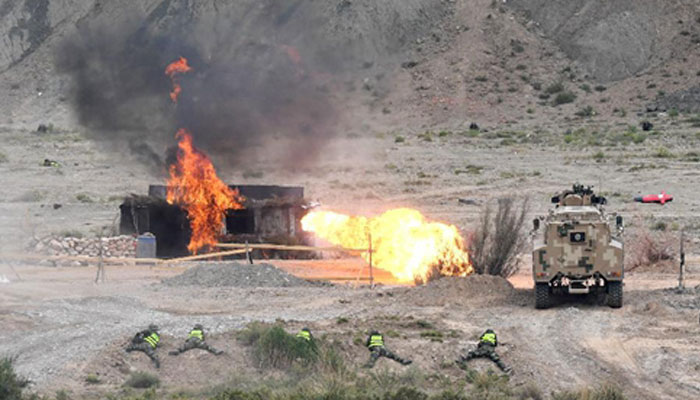 Gas pipeline explodes in China, Eight dead, 35 injured