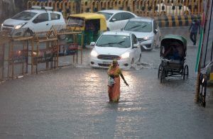 Heavy rains continue to lash UP, MeT issues high alert
