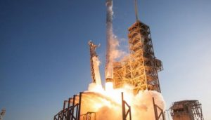 SpaceX's Dragon returns with first Chinese experiment