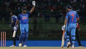 SL vs Ind: Rohit, Dhoni guide India to series-clinching victory