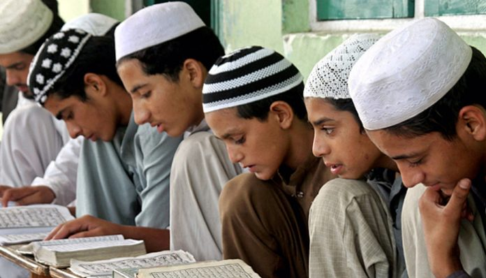UP madrasas ordered to recite national anthem on I-Day
