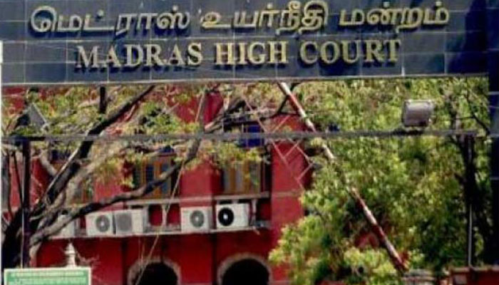 Madras HC adjourns AIADMK MLAs' disqualification case to November 2
