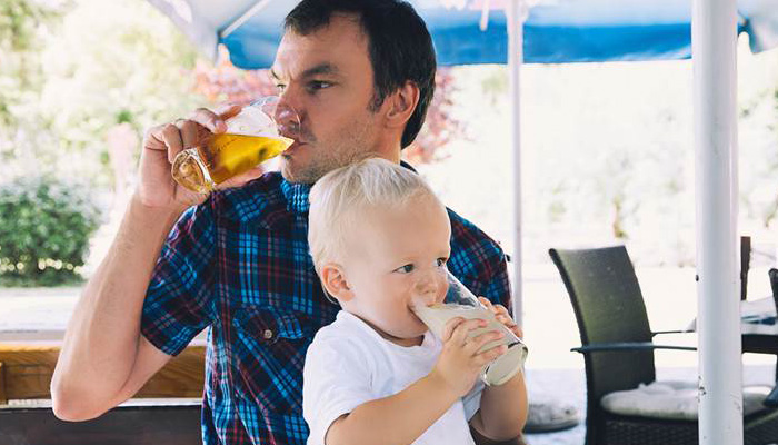 Parents' lifestyle can affect your health even in adulthood