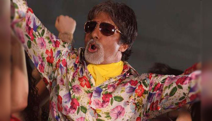 Amitabh Bachchan rules over social media, scores 80m followers