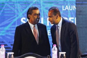 Reliance Jio to acquire wireless assets of RCOM