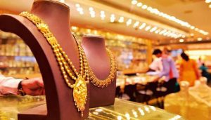Gold Prices fall sharply; Silver Rate down by Rs 610 in India