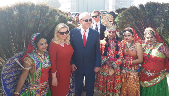 PICTURES   Israeli PM and wife enjoy classical performances before Taj darshan