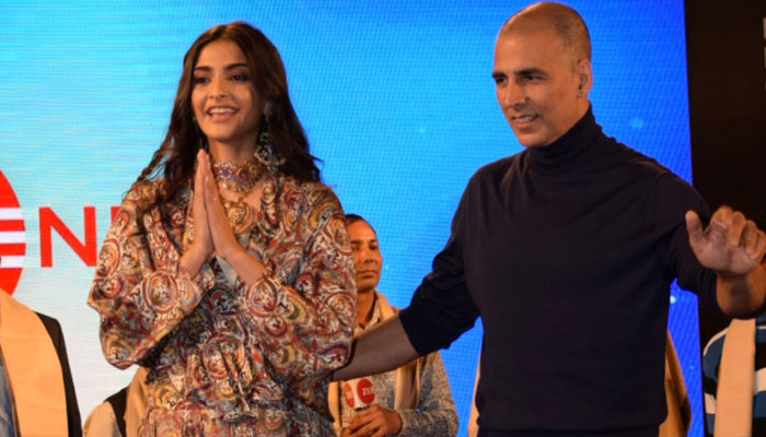 PICTURES | Akshay Kumar, Sonam Kapoor at the song launch of PadMan