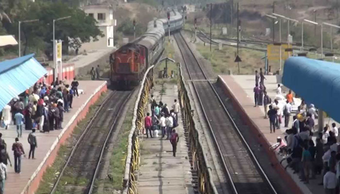 Job seekers stage violent protest at Bihar railway stations