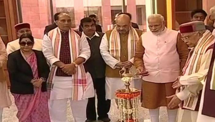 Successful NDA alliance due to roots of democracy in BJP: Modi