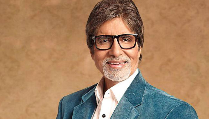 Is Amitabh Bachchan planning a political future with Congress?