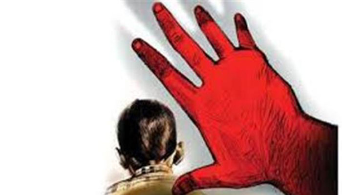 17 girls rescued from bus in Odisha, suspected trafficker held