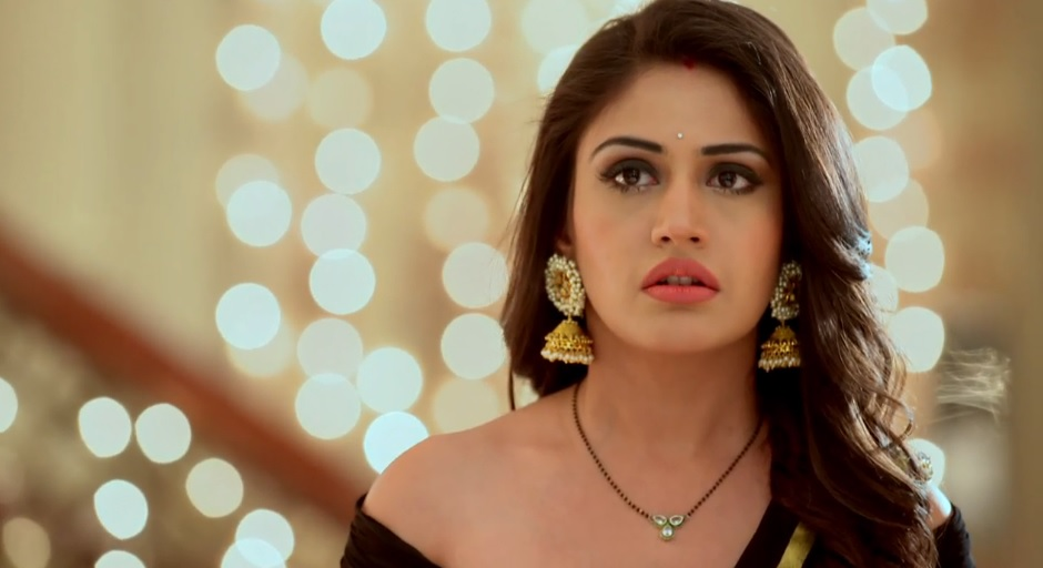 Surbhi Chandna to have double role in Ishqbaaaz