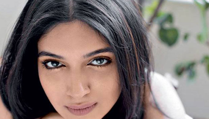 VIDEO: Dreaming to date Bhumi Pednekar? Be patient in Bed