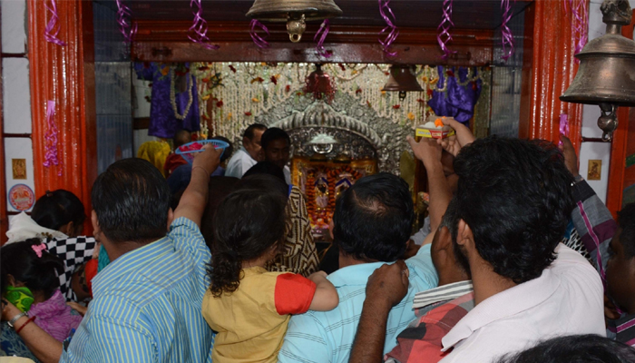 UP: 24-hour power supply at 100 prominent temples during Navratri