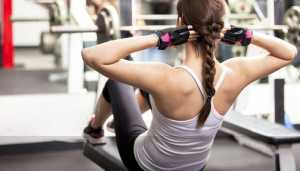 Keep yourself hydrated with these easy steps while working out
