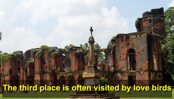 10 haunted places in Lucknow which you should definitely not visit