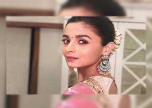 Alia to star in Bhansali's 'Gangubai Kathiawadi', to release Sept 11, 2020
