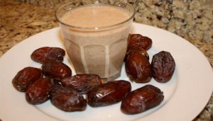 Benefits Of Dry Dates with milk In Winter