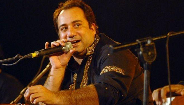 Pak singer Rahat under EDs radar for Smuggling Foreign Currency in India