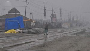 'Kumbh Nagar' turned slippery after rains, pilgrims troubled