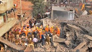 Delhi: Seven killed after a building collapsed in a factory blast