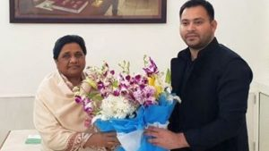 Tejashwi meets Mayawati, attacks BJP on fiddling with the Constitution
