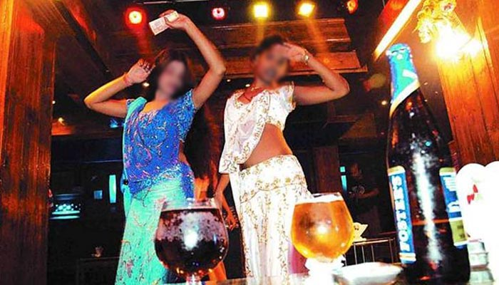 SC paves way for opening dance bars, says there shouldnt be a total ban