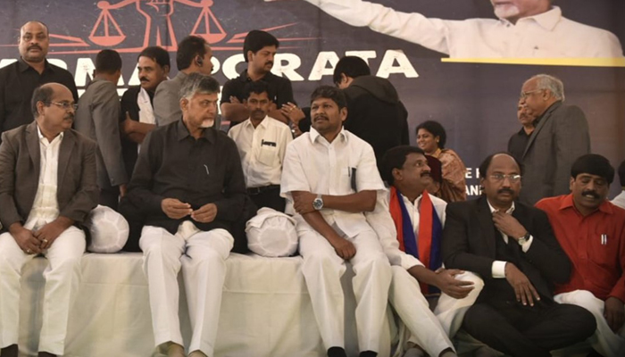 Andhra CM on day-long hunger strike, demands special status for the state