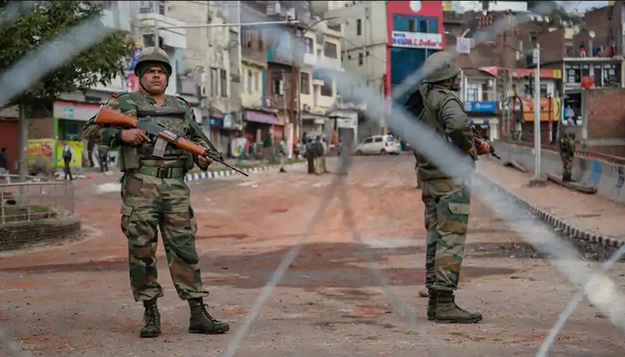 Curfew relaxation in Jammu extends, Internet services remain suspended