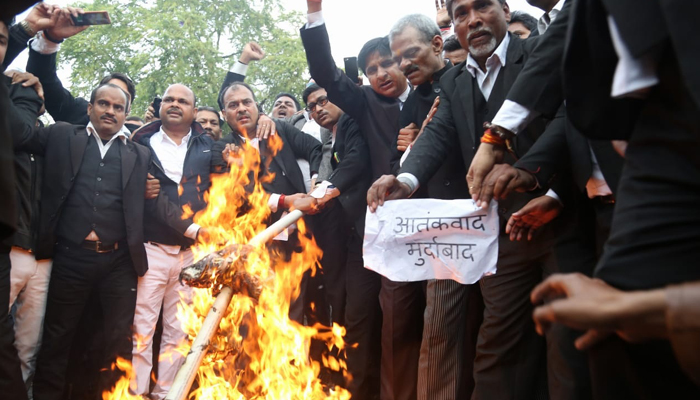 Advocates in Lucknow stage protest against Pulwama terror attack