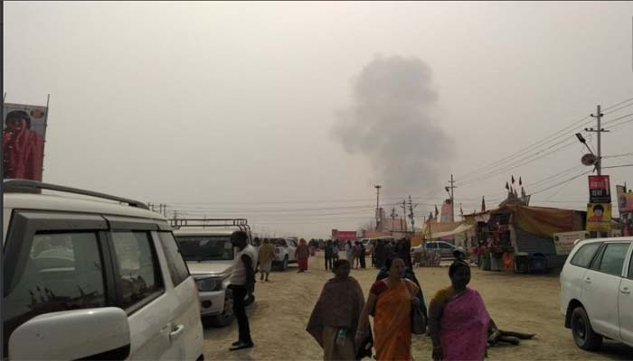 Prayagraj : Two tents catch fire in Kumbh area, no loss of life reported