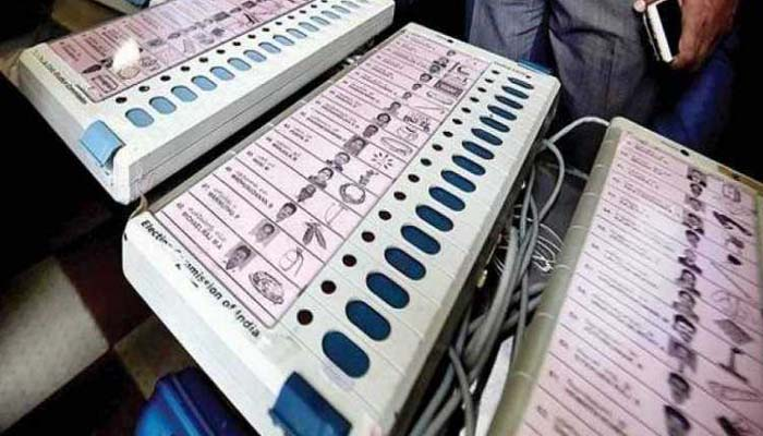 EVMs cant be hacked or manipulated, said Ex-CEC Navin Chawla