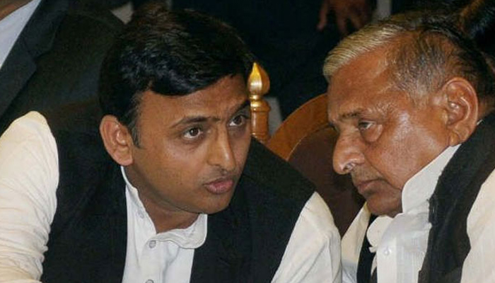 SC notice to CBI in disproportionate assets case against Mulayam, Akhilesh