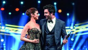 """Alia expresses her love for her bae says, """"Ranbir is a gem"""""""