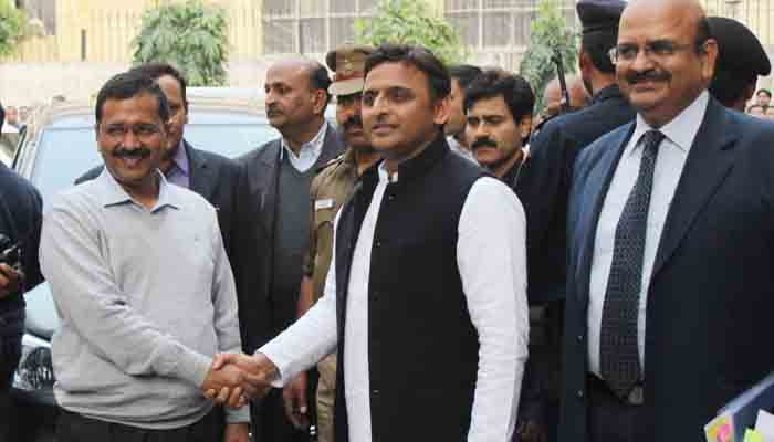 Arvind Kejriwal dials Akhilesh Yadav to discuss post-results strategy