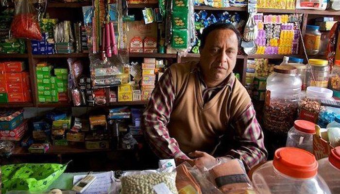 Cabinet clears pension scheme for shopkeepers, traders