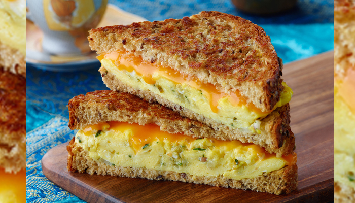 No time for healthy breakfast? This egg-mayo sandwich is all you need