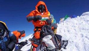 Indian scales two of world's highest mountains in just six days