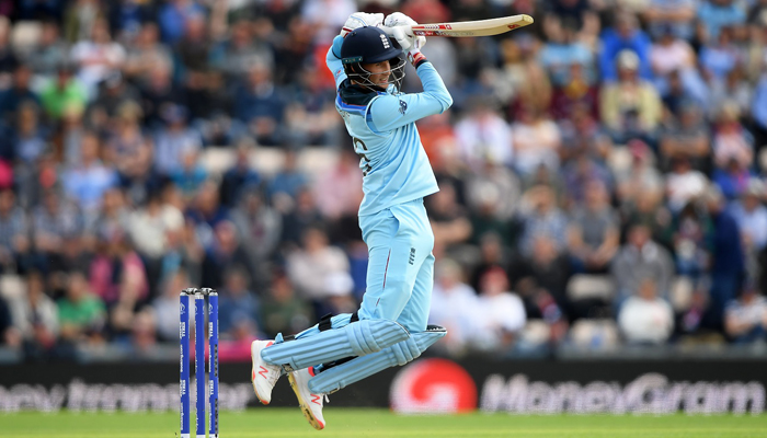 Pacers, Root set up Engs overwhelming eight-wicket win over WI