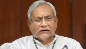 Nitish hold high-level meeting on water-logging; errant officials face music