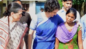 Sonia Gandhi and Priyanka Vadra visit Raebareli for thanking voters