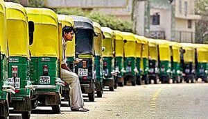 Illegal autos to be lifted, flouting traffic rules to cost dearly: Noida admin