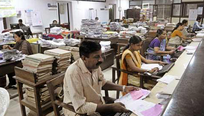 Over 6.84 lakh vacant posts in central government departments: Govt