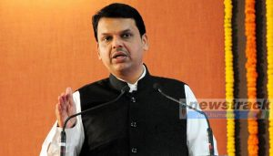 Fadnavis heckled at Bal Thackeray's death anniversary function