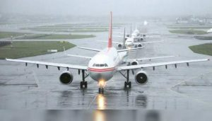 Mumbai airport operations briefly suspended due to heavy rain