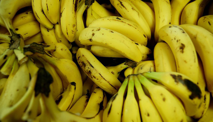 Lucknows Charbagh railway station is a no banana zone!