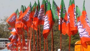 BJP against forming minority govt in Maharashtra: Mungantiwar