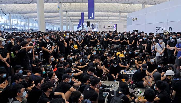 Hong Kong protest: Airport authorities suspend all check-ins